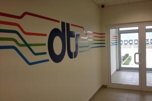 Unutrašnje brendiranje kancelarijskog prostora DTS-a